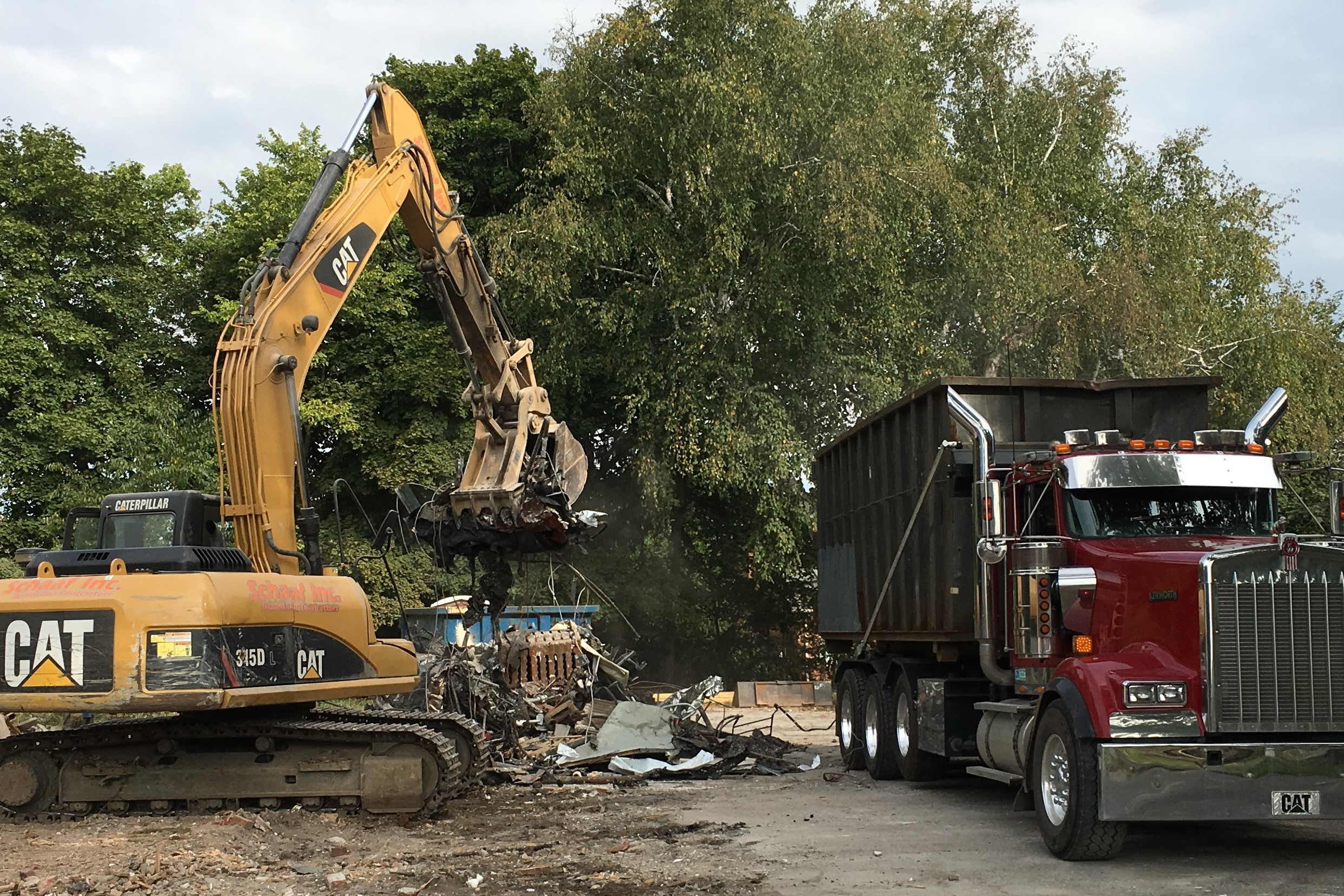 1609 Construction Loading Metal Scrap for Recycling